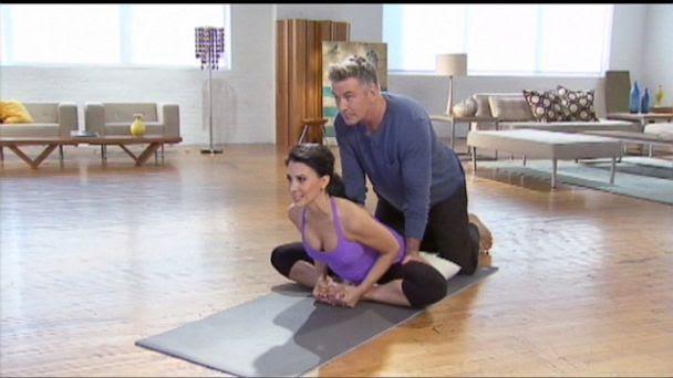 ABC hilaria alec baldwin jt 130929 16x9 608 Yoga Brings Out the Softer Side of Alec Baldwin