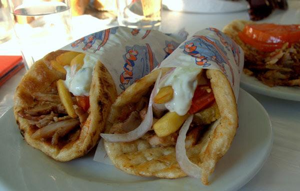 Perierga.gr - Φαγητό στο δρόμο!