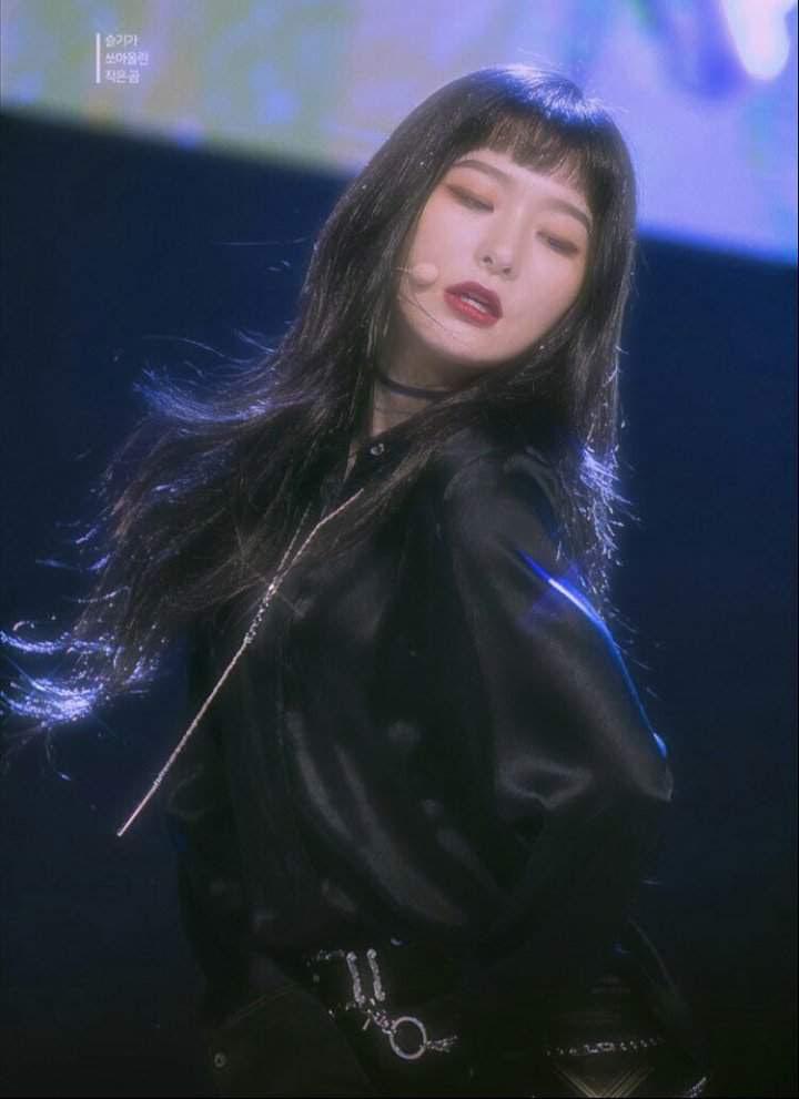 Kang Seul Gi 90 S Edit One Blonde One Black Red Velvet Amino