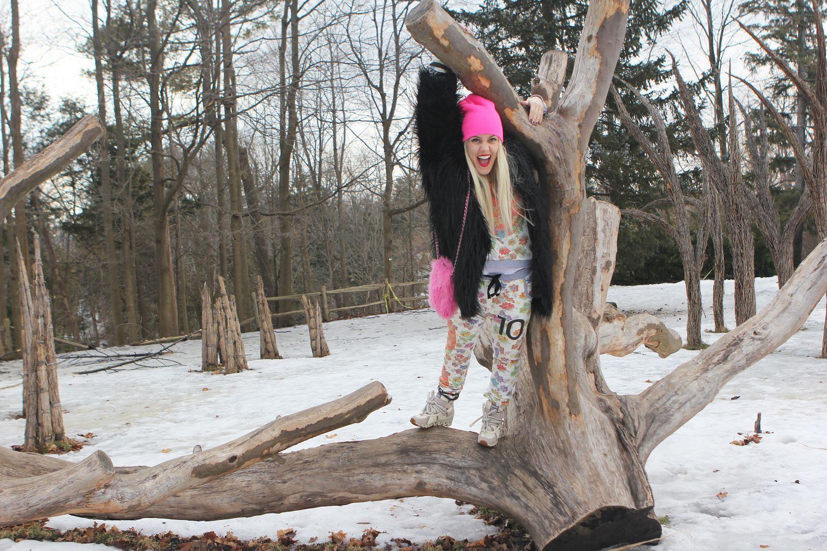 photo fashion-beckerman-sisters-happiness-sweats_zps4f330192.jpg
