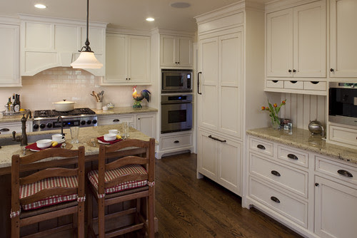 Is the backsplash behind the stove just a regular ivory ...