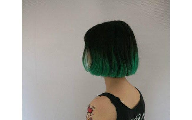 Chanel com as pontas verdes é uma opção interessante