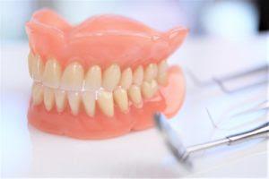 Cara Merawat Gigi Palsu Ahli Gigi Palsu Smile Dental