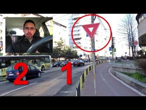 VIDEO Indicatorul inutil care încurcă circulația la intersecția Calea Obcinilor - George Enescu