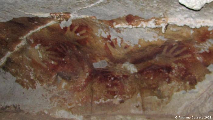 Indonesien cave painting in Sulawesi