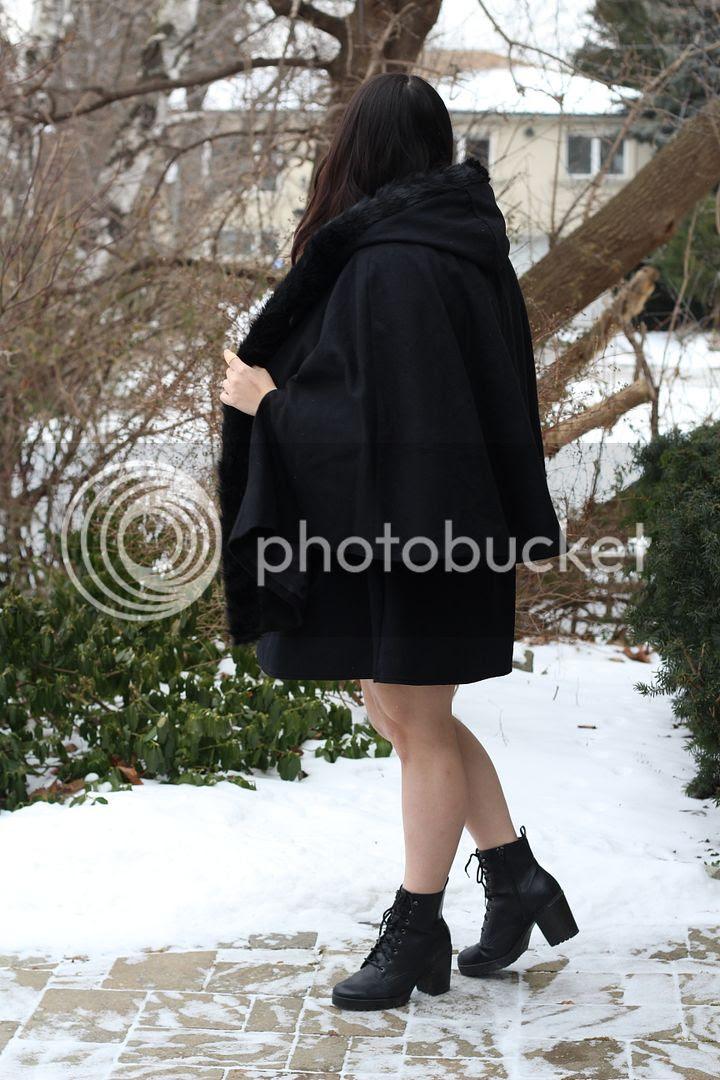Yours Clothing Faux Fur Cape Lace Dress Plus Size Fashion Toronto Canadian Plus Size Fashion