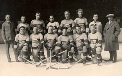 1923-24 Toronto St Patricks team photo 1923-24 Toronto St Patricks team.jpg