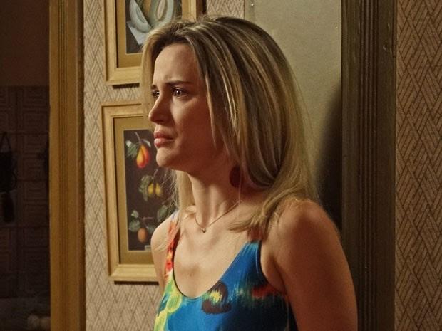 Vitória fica enfurecida ao saber que Beatriz contou tudo para Sandra (Foto: Andrea Cozzolino/Gshow)