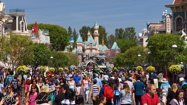 Disneyland Resort, Disneyland, Main Street U.S.A., Crowds