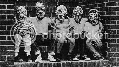 Diane Arbus -Masks-