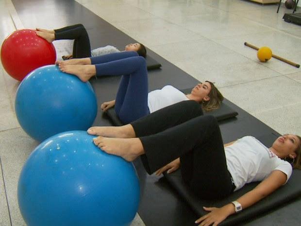 Exercícios de pilates aliviam dores na lombar