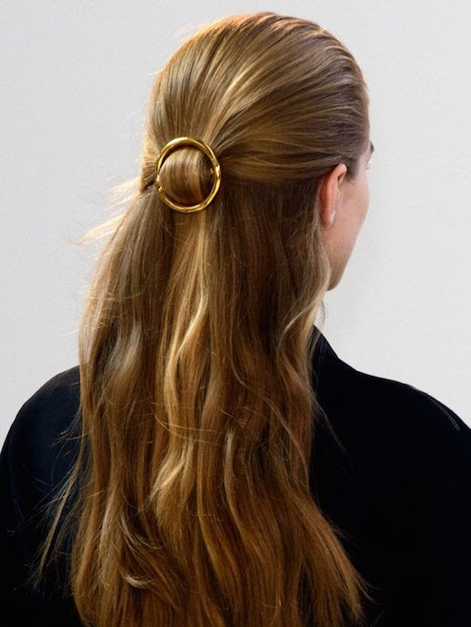 Le Fashion Blog 15 Ways To Wear Round Circle Hair Clip Pin Accessory Hairstyle Loose Wavy Half Up Do Gold SS15 Via Celine
