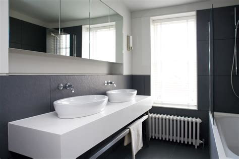 bespoke units  bathrooms granite worktops