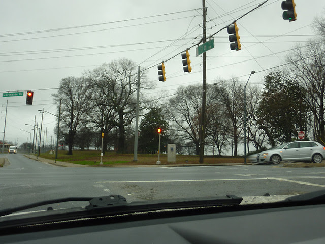 P1150541-2013-01-17--Alvin-B-Avery-1956-1989-Memorial-Garden-Atlanta-Water-Bureau-view-from-17th-and-Northside