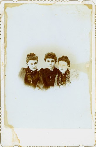 three ladies Cabinet Card