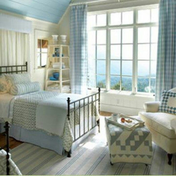 Cottage style bedroom | Cottage Dreams | Pinterest