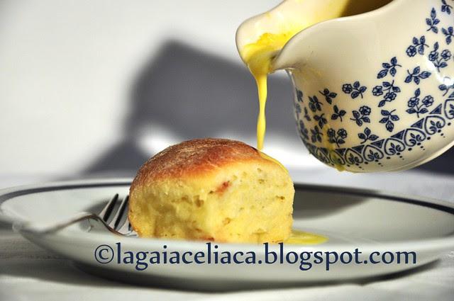 buchteln con crema inglese  (danubio dolce)