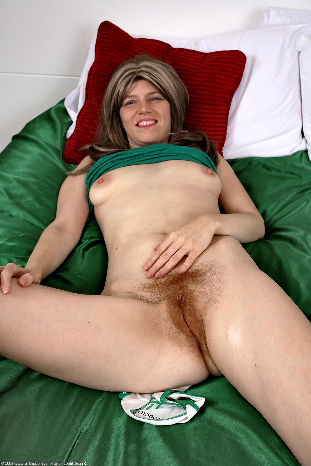 Chubby Hairy Milf Masturbation