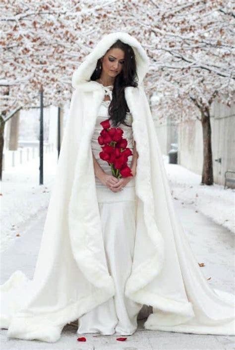 Winter Wedding coat 10 best photos   Cute Wedding Ideas