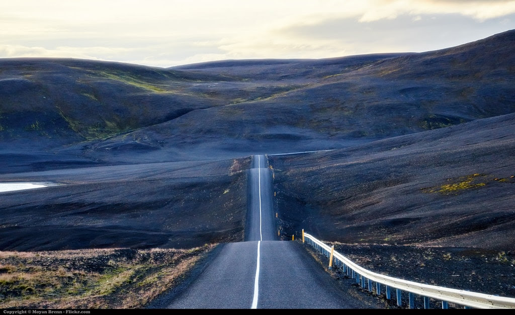 Driving In Iceland Dos And Donts For All Seasons Viahero