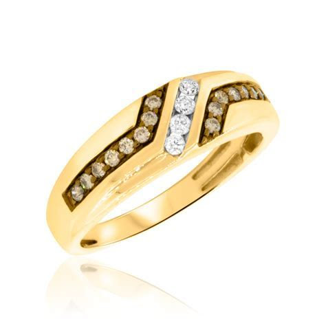 3/8 Carat T.W. Diamond Mens Wedding Band 10K Yellow Gold