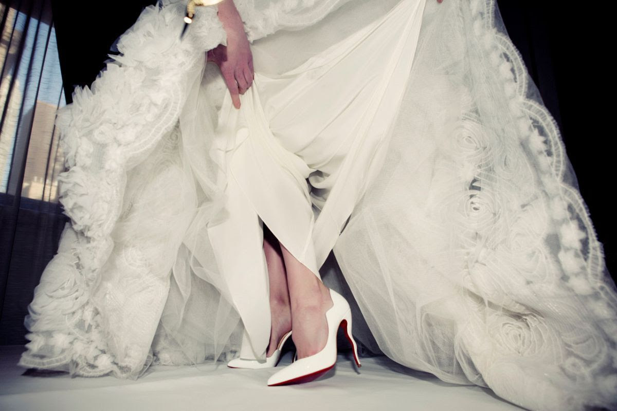 photo louboutin-bridal-1_1_zpsp21kihgc.jpg