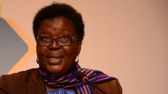 Paulina Chiziane é considerada a primeira mulher a escrever um romance em Moçambique