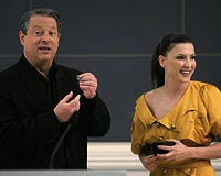 Al Gore and Turkish actress Sebnem Donmez in Istanbul yesterday