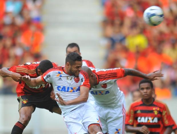 Sport x Flamengo na Arena Pernambuco (Foto: Aldo Carneiro (GloboEsporte.com/Pernambuco Press))