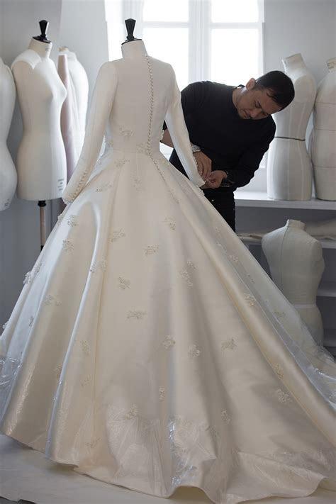 The Making of Miranda Kerr's Dior Wedding Gown   Savoir Flair