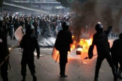 Policía de Egipto reprime a manifestantes y deja un saldo de 6 muertos y 190 heridos