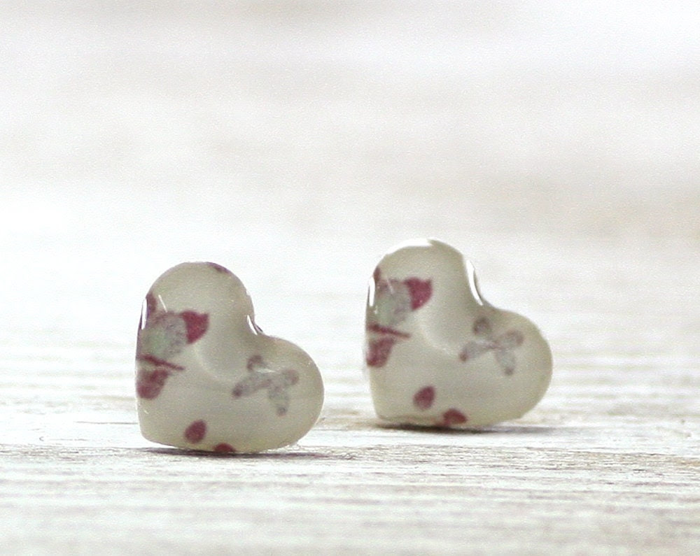 White Heart Earrings Studs , Pink, Cream, Butterfly, Red, Valentine's Day, Shabby Chic, серьги, сережки