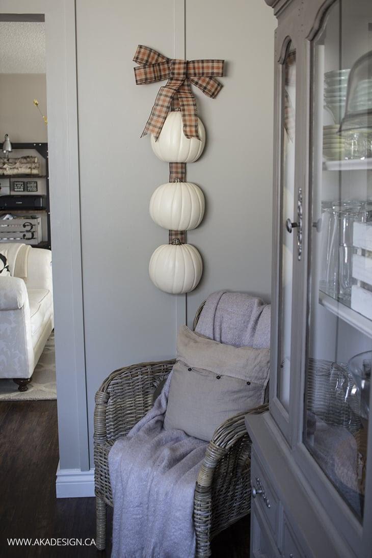 Hanging Pumpkins from AKA Design  |  25 Creative DIY Pumpkins at www.andersonandgrant.com