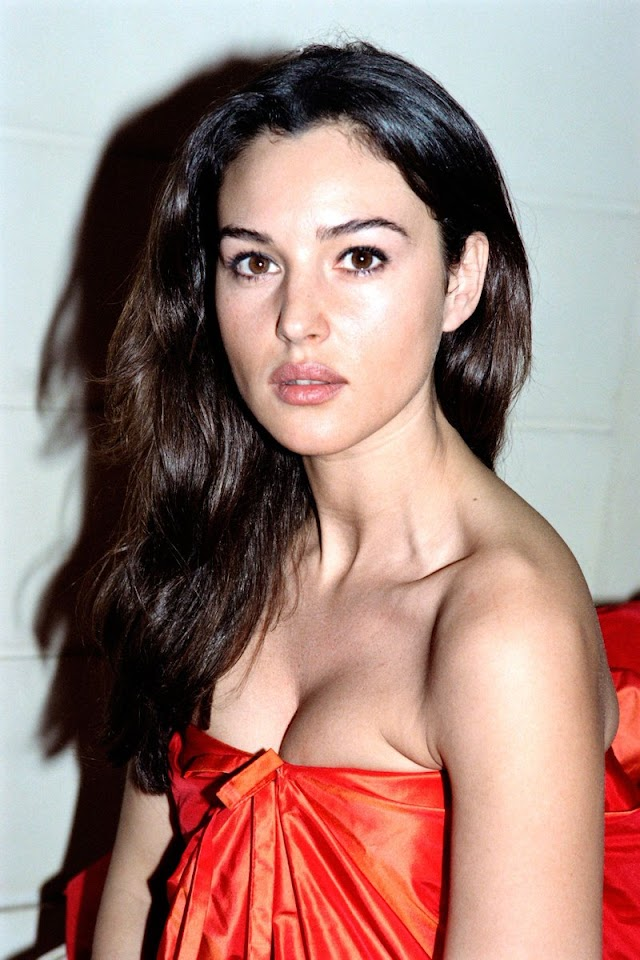Monica Bellucci Youth : Monica Bellucci Jonoverse The Uncollected Works Of J H Leonard