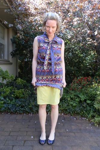 Salme pattern pussybow dress