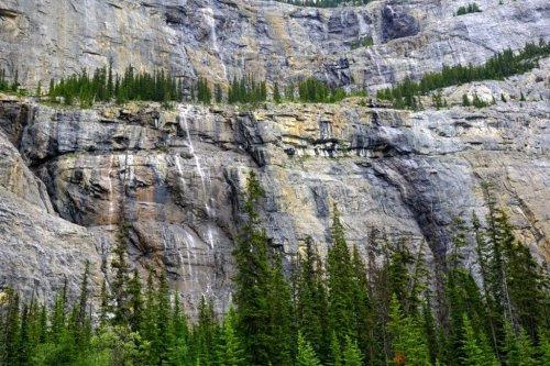 weeping wall road trip Canada
