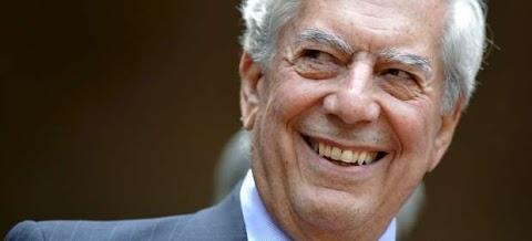 Veinticuatro escritores latinoamericanos homenajean a Vargas Llosa en su cumpleaños