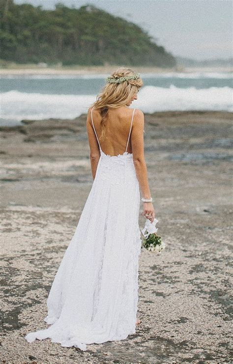 Simple and flowy beach wedding dress   i do   Pinterest