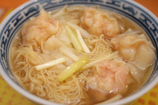 Mak's famous wantan noodles