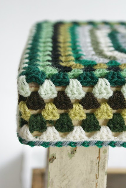 wood & wool stool jacqui