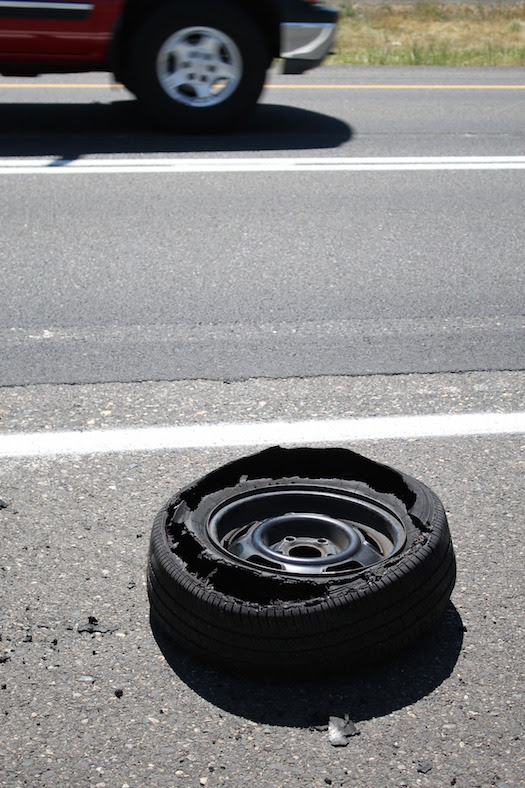 Charlotte Auto Service Tips For Car Tire Blowouts