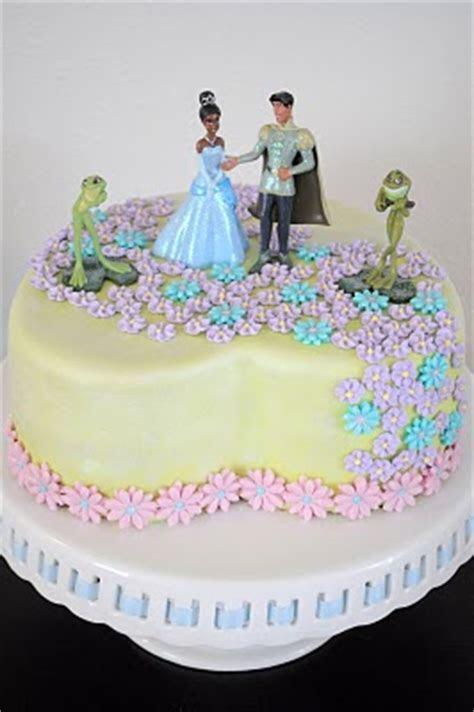 Kara's Party Ideas Princess and the Frog cake recipe idea