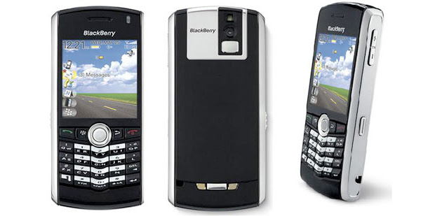 BlackBerry Pearl (Foto: Reprodução)