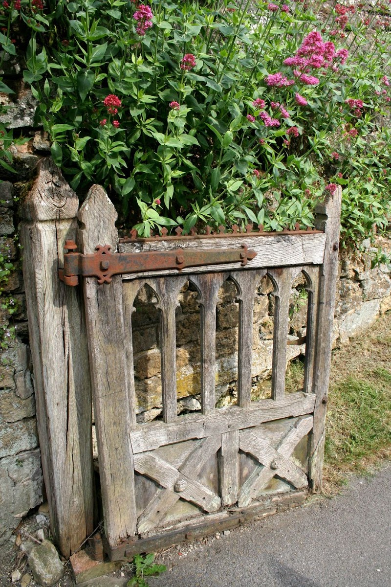 Cool Rustic Garden Ideas Images pictures