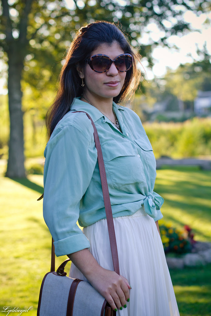 mint + pleats 4