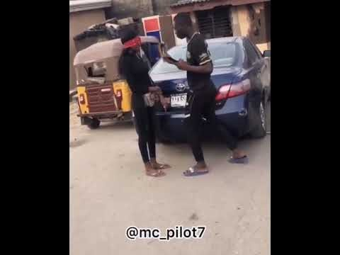 See What Happen To This Man As He Proposes To His Girlfrien