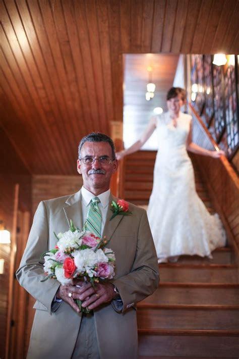 50 Family Wedding Photo Ideas & Poses {Bridal Must Do