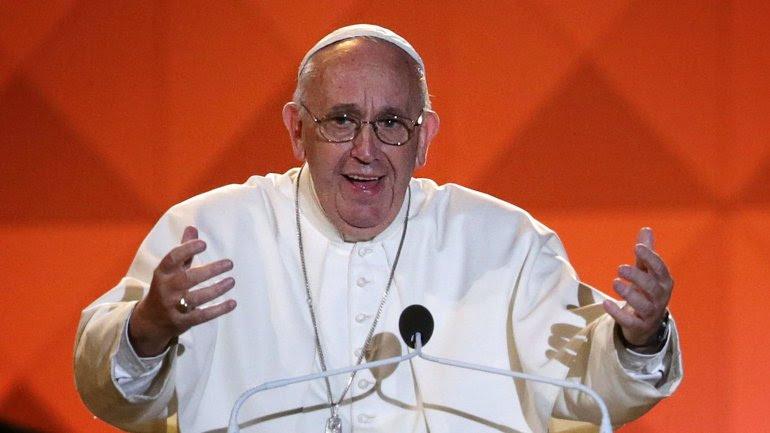 El papa Francisco convocó a los presentes a luchar por las familias