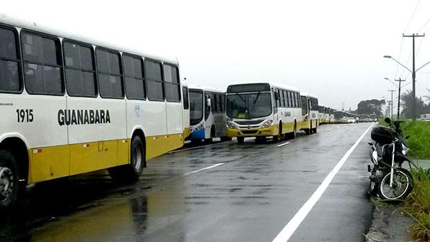 Maioria dos ônibus fiscalizados é da empresa Guanabara (Foto: Reprodução/Inter TV Cabugi) (Foto: Marksuel Figueredo/Inter TV Cabugi)