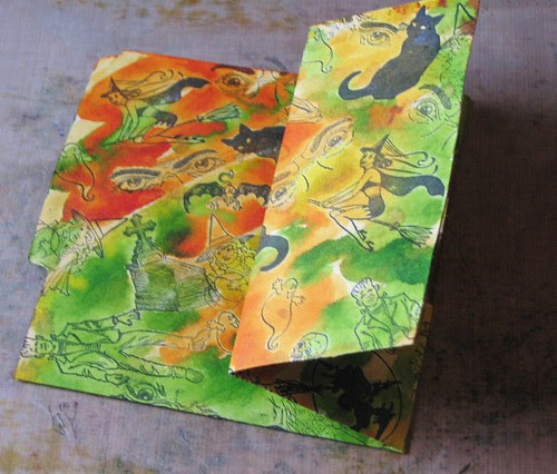 Halloween Altered File Folder 011
